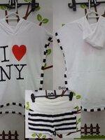 #ชุดset2ชิ้นเสื้อยืดสีขาวมีหมวกแขนกุดขยาดข้าง ปักลายที่อก + กางเกงขาสั้นสีขาวลายดำ ผ้านิ่มใส่สบายจร้า