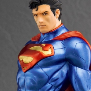ARTFX+ DC - SuperMan 1/10 Figure
