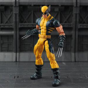 Marvel Legends X-Men - Wolverine (มีให้เลือก 2 สี)