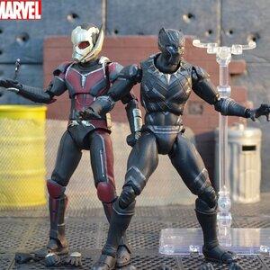 SH Figuarts - Captain America: Civil War (มีให้เลือก 2 แบบ)