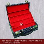 กล่องใส่พระแบบกระเป๋าเจมบอล 3 ชั้น 54 ช่อง ทนและทำความสะอาดง่าย มีกุญแจล็อก 2 ตัว (จัดส่งฟรี)