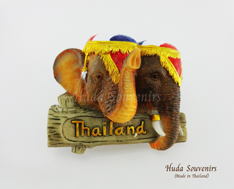 ของที่ระลึกไทย แม่เหล็กติดตู้เย็น ลวดลายช้าง เครื่องทรงสีธงชาติไทย