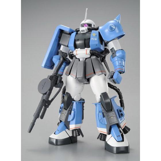 (ล็อต2)Pre_Order: p-bandai: MG 1/100 MS-06R-1A Yuma Lightning ZakuII 4860y สินค้าเข้าไทยเดือน11 มัดจำ 500