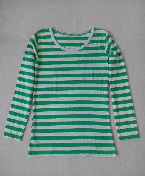 เสื้อยืดแขนยาวลายเขียวสลับขาวน่ารัก