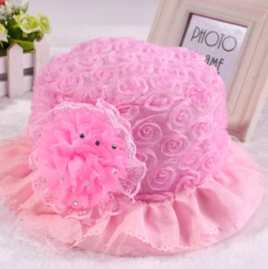 หมวกปีกเด็กหญิงสีชมพูระบายดอกไม้หวานๆ ด้านหน้าติดดอกไม้แต่งด้วยเพรช สำหรับเด็ก1-6เดือน น่ารักสดใสมากๆค่ะ