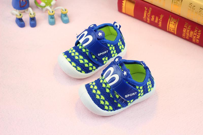 รองเท้าเด็กอ่อน 0-12เดือน รองเท้าเด็กชาย เด็กหญิง สีน้ำเงิน