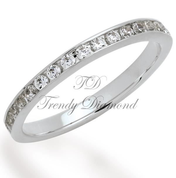 แหวนเพชรล็อกรอบนิ้ว สีทองคำขาว