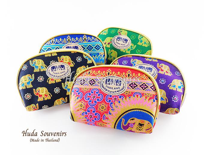 ของที่ระลึกไทย กระเป๋าผ้าลายไทย ขอบทอง (ขนาด: ขอบทอง M) ลายช้างการ์ตูน หนึ่งโหลคละสี จำหน่ายยกโหล สินค้าพร้อมส่ง