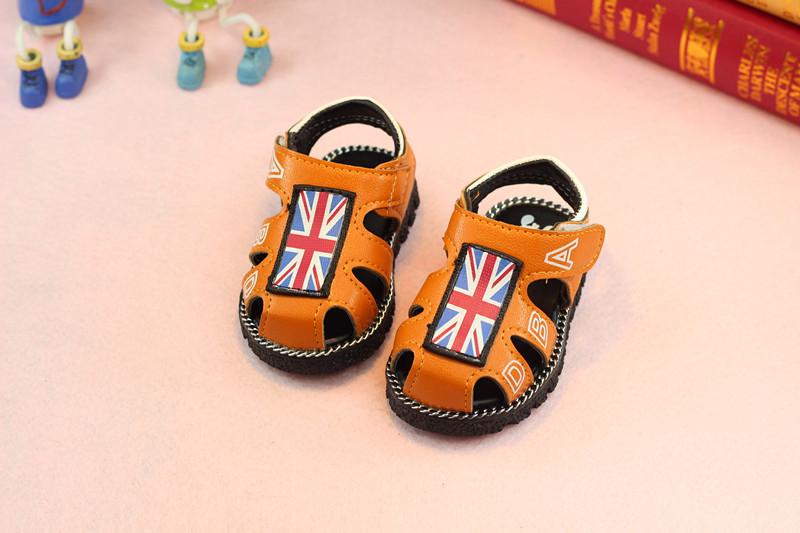 รองเท้าเด็กอ่อน 0-12เดือน รองเท้าเด็กชาย เด็กหญิง สีส้มน้ำตาล ลายธงชาติ