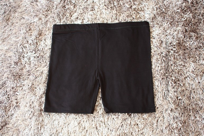 กางเกงเลกกิ้งขาสั้น สีดำ เอวปรับระดับได้