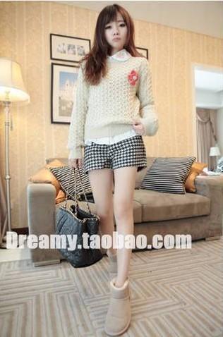 กางเกงขาสั้น สีขาว-ดำ มีพยุงหน้าท้องสีขาว ปรับเอวได้ สวย ใส่สบาย น่ารักมากๆค่ะ