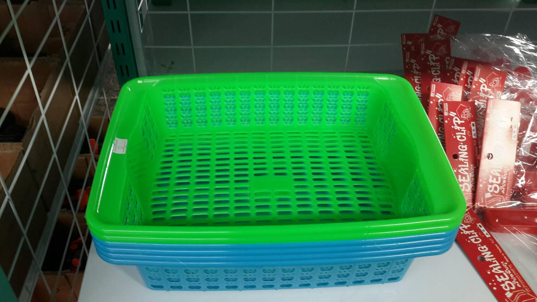ตะกร้าสำหรับวางฟองน้ำเพาะเมล็ด วางได้ 70 ก้อน