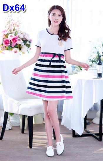#Dressกระโปรง ผ้ายืด ด้านบนสีขาว แขนสั้น ด้านล่างเป็นลายขวางสีขาวสลับชมพูกรม ผ้าเนื้อนิ่มใส่สบายมากๆคะ