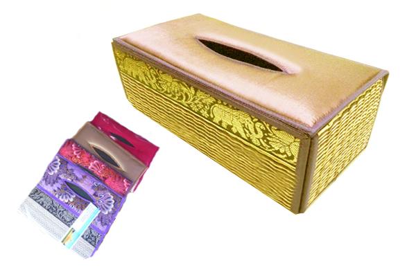 กล่องทิชชู่ ลายผ้าไทย