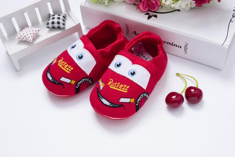 รองเท้าเด็กอ่อน 0-12เดือน รองเท้าเด็กชาย เด็กหญิง ลายการ์ตูน แมคควีน สีแดง