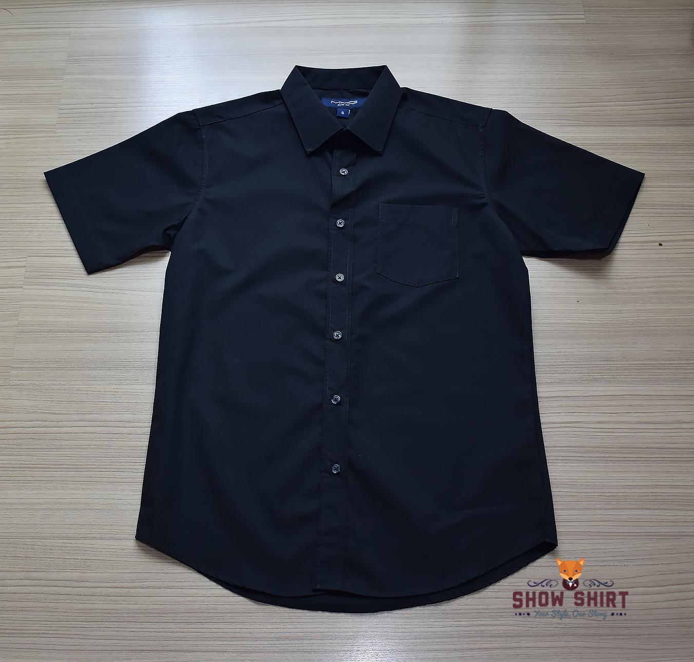 เสื้อเชิ้ตแขนสั้น สีดำ