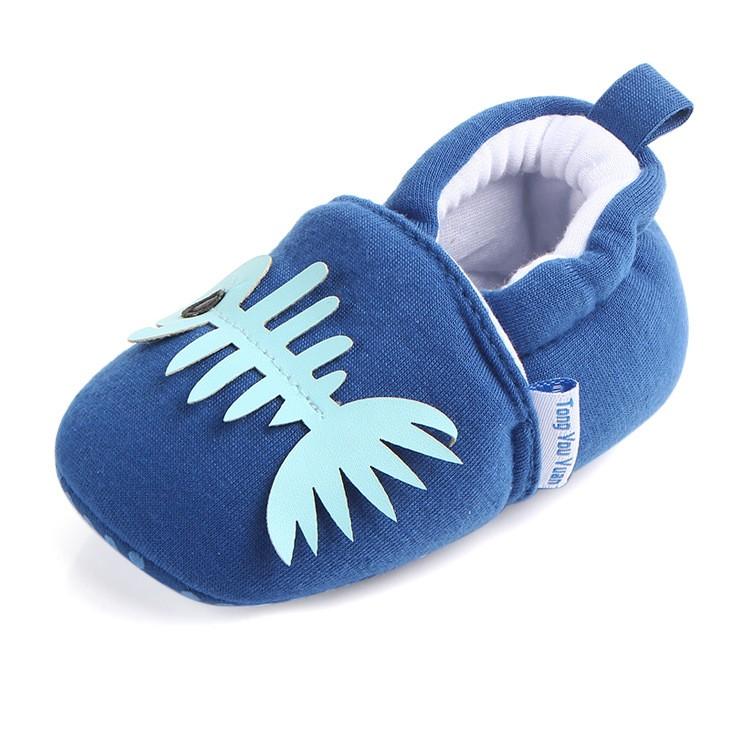 รองเท้าเด็กอ่อน 0-12เดือน รองเท้าเด็กชาย เด็กหญิง สีน้ำเงินลายก้างปลา
