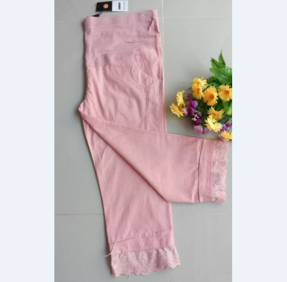 กางเกงคลุมท้อง ยีนส์5ส่วน สีชมพูปลายขาแต่งระบาย มีพยุงหน้าท้อง เอวมีสายปรับระดับได้