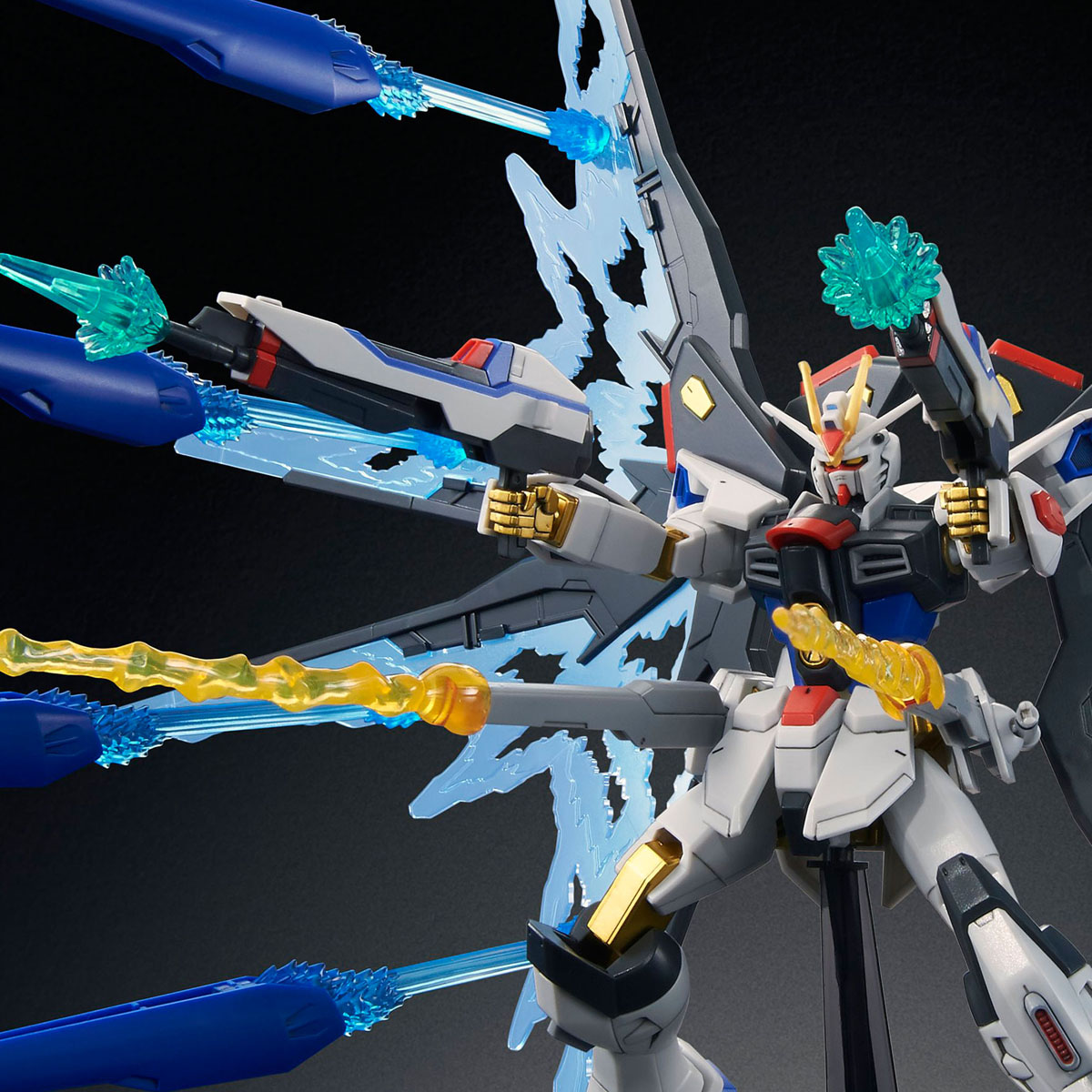 Pre_Order:P-bandai:HGCE 1/133 Strike freedom Gundam Light Wing DX Edtion 4109yen สินค้าเข้าไทยเดือน11 มัดจำ 500บาท