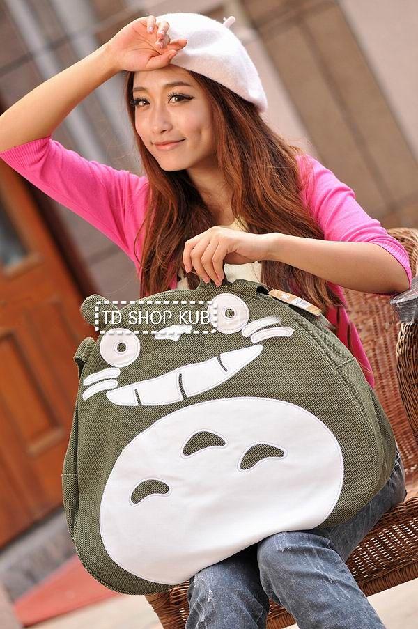 กระเป๋าสะพาย Totoro