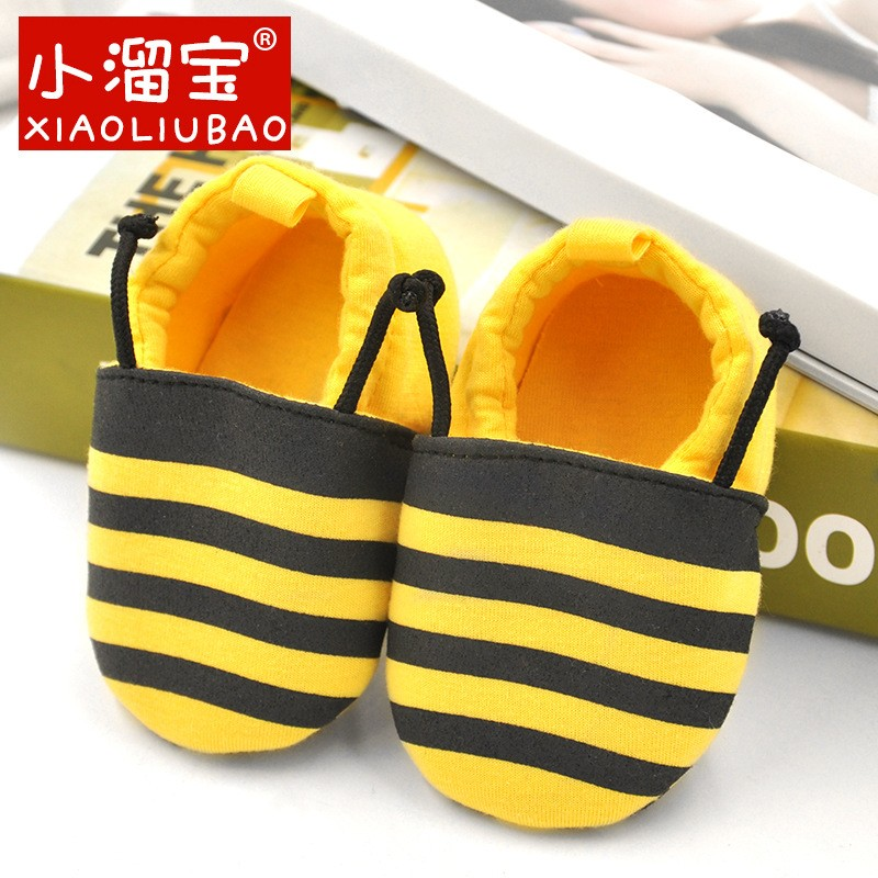 รองเท้าเด็กอ่อน 0-12เดือน รองเท้าเด็กชาย เด็กหญิง ลายผึ้งสีเหลืองคาดดำ