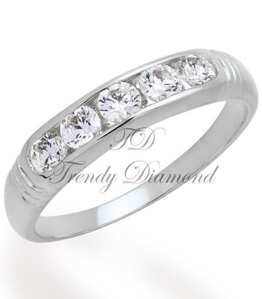 แหวนเพชรเบญจา สีทองคำขาว