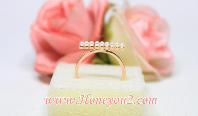 แหวนมุกเรียงเม็ดเล็ก