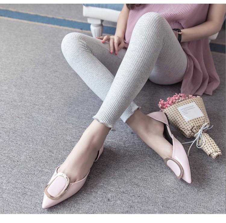 กางเกงเลกกิ้งผยุงหน้าท้องผ้าทอลายเส้นสีเทาอ่อน ปลายขาไร่ขอบ แนวๆน่ารัก เอวปรับระดับได้