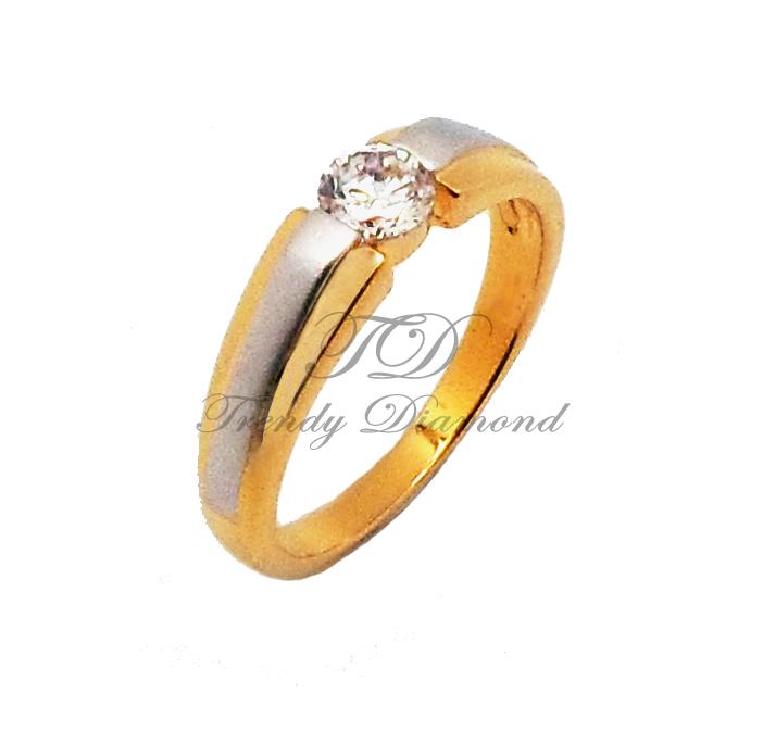 แหวนเพชรCZ เพชรสวิส เพชรเดียวพ่นทรายใหญ่ สีทองและสีทองคำขาว
