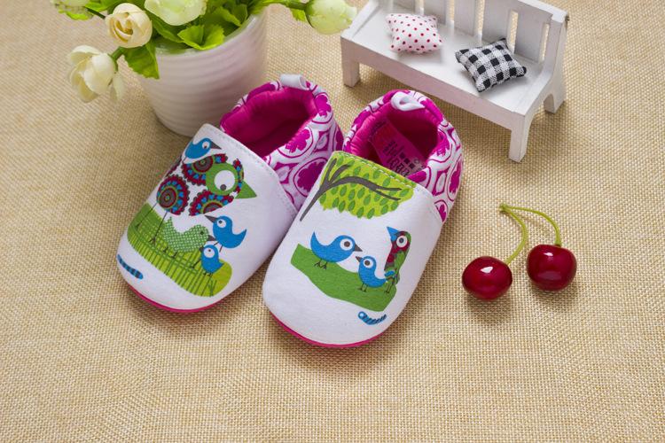 รองเท้าเด็กอ่อน 0-12เดือน รองเท้าเด็กชาย เด็กหญิง ลายนกน้อย