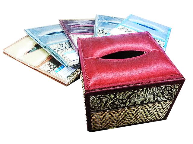 กล่องทิชชูทำจากเสื่อ กก ลายช้าง