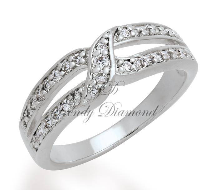 แหวนเพชรCZ เพชรสวิส แหวนสะพานรัก สีทองคำขาว