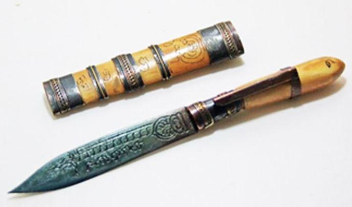 มีดปากกา ด้ามฝัก งาขาว สายหลวงพ่อเดิม ขนาดประมาณ 5 ซม