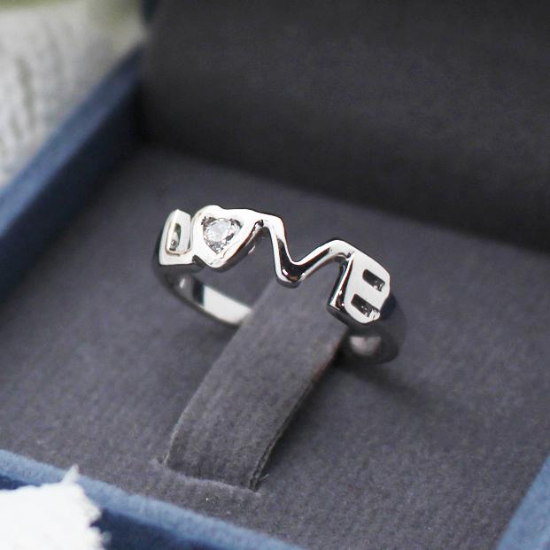 แหวนคู่ แหวนหมั้น แหวนแต่งงาน LOVE
