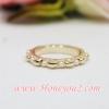 แหวน เม็ดสีทองสลับมุก