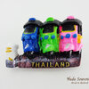 ของที่ระลึกไทย แม่เหล็กติดตู้เย็น ลวดลายรถตุ๊กๆ 3คัน วัสดุเรซิ่น ปั้มลายนูน ลงสีสวยงาม