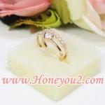 แหวนทอง เส้นคู่ บนแถบเพชร-ล่างหัวใจ