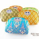 ของที่ระลึกไทย กระเป๋าผ้าลายไทย ขอบทอง (ขนาด: ขอบทอง M) ลายผ้าถุง หนึ่งโหลคละสี จำหน่ายยกโหล สินค้าพร้อมส่ง