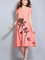 เดรสกระโปรงผ้าฝ้ายตัวยาว มีลายดอกกุหลาบ สีโอรส พร้อมโบว์ผูก 1 เส้น น่ารักดีค่ะ ผ้าเนื้อดีค่ะ