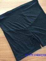 ขาสั้นกันโป้ ขาสั้น ** สีดำ ** มีถุงท้องรองรับหน้าท้อง มีสายปรับที่เอว รองรับน้ำหนักได้เยอะค่ะ 45-100 โลเลยค่ะ
