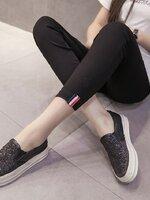 กางเกงพยุงหน้าท้อง สีดำ ขายาว ปลายขาปักแถบ3สีเก๋ๆ มีสายปรับระดับได้ ใส่สบายมากๆค่ะ สำเนา