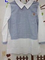 เสื้อคลุมท้องแฟชั่น ผ้าคัสตอนสีฟ้าลายแถบขาวคอปกแขนยาว กระเป๋าหน้า กระดุมหลัง สุภาพเรียบร้อยค่ะ