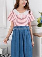 #Dressกระโปรง ผ้า2ชิ้นติดกัน ชิ้นบนเป็นผ้ายืดลายขวางสีขาวสลับแดง แขนสั้น คอบัว ชิ้นล่างเป็นผ้ายีนต์ พร้อมเชือกผูกหลัง รูปทรงน่ารักมากๆคะ
