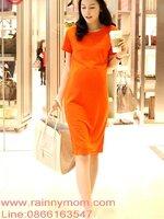 เดรสกระโปรง คอกลมแขนสั้น สีส้ม เปรี้ยวจี๊ด น่ารักมากๆค่ะ ทรงสวย สินค้าขายดีมากค่ะ