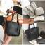 Set 3 ใบ กระเป๋าสะพายใบใหญ่ ใบเล็ก และกระเป๋าสตางค์ สีเทา สีดำ thumbnail 1