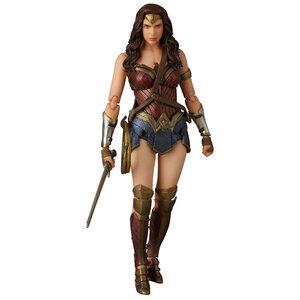Mafex : Batman v Superman: Wonder Woman (ของแท้)