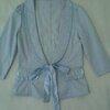 เสื้อคลุมแบบน่ารัก ด้านหน้ามีผ้าผูกเป็นโบว์ใส่เข้ารูปเนื้อผ้าดีใส่คลุมสวย