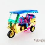 ของที่ระลึกไทย รถตุ๊กตุ๊กจำลอง สีมิกส์คัลเลอร์ ไซส์เล็ก (S) สินค้าบรรจุในกล่องมาให้เรียบร้อย สินค้าพร้อมส่ง