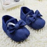 รองเท้าเด็กยีนส์แต่งโบว์สำหรับวัยหัดเดิน [ขายส่งโหลล่ะ 1,200.-คละรวมกับราคาที่ส่งเท่ากันได้]