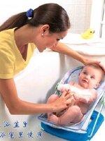 เก้าอี้อาบน้ำเด็กทารก ทำจากผ้าตาข่ายเนื้อนิ่มไม่ระคายเคืองผิว สีฟ้า ลวดถูกห่อหุ้มด้วยฟองน้ำทำให้เกิดอันตราย มีความแข็งแรงทนทาน สะดวกต่อการอาบน้ำเด็กมากเลยค้ะ